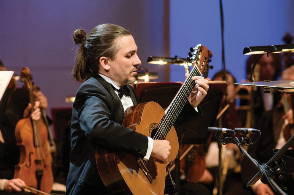 Артем Дервоед:  Новая музыка обеспечивает нам будущее