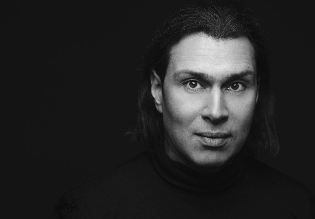 Владимир Юровский: Те, кого мы ждем, продолжают сочинять для двух гобоев, губной гармошки и пылесоса