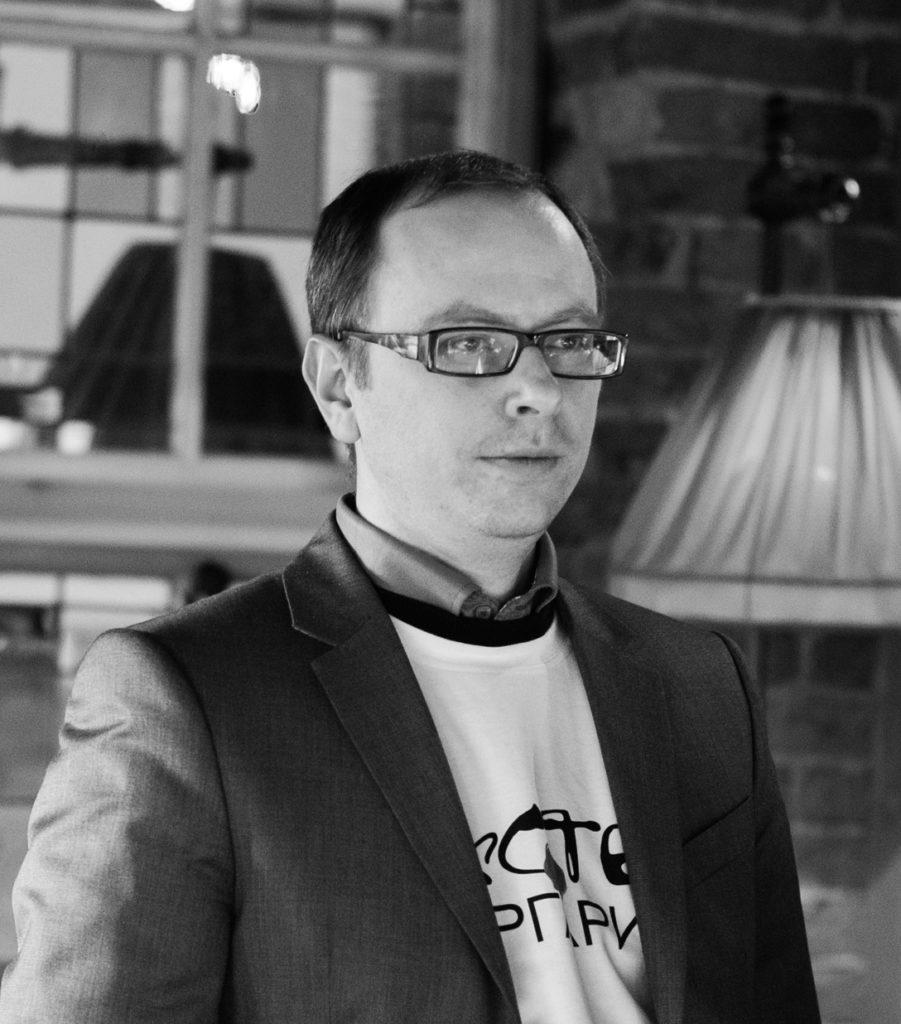 Антон Танонов: <br>Необходимо оставаться искренним со слушателями