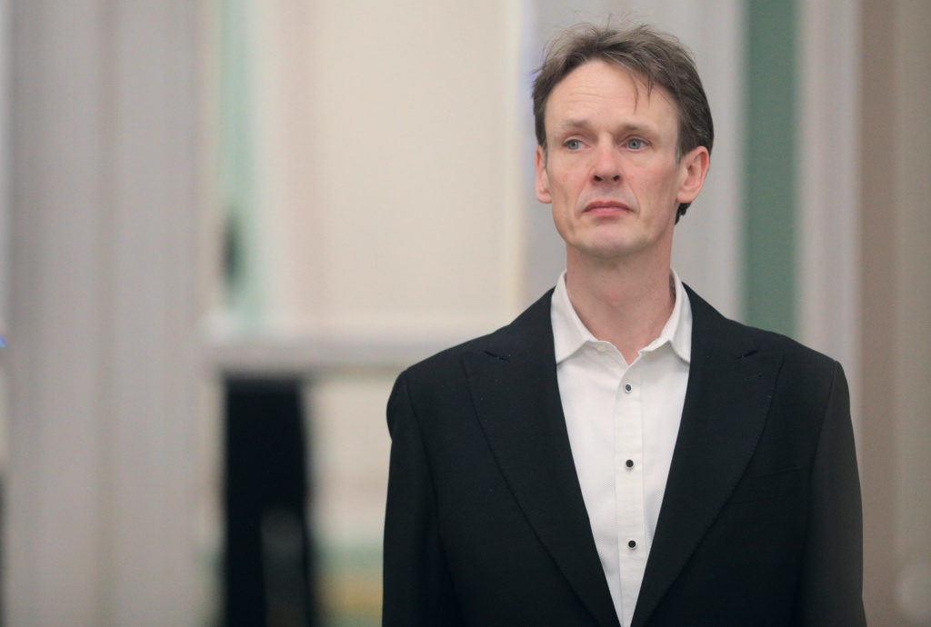 "Ian Bostridge: <br>Sometimes I hear Tchaikovsky in Britten's ""Death in Venice"""