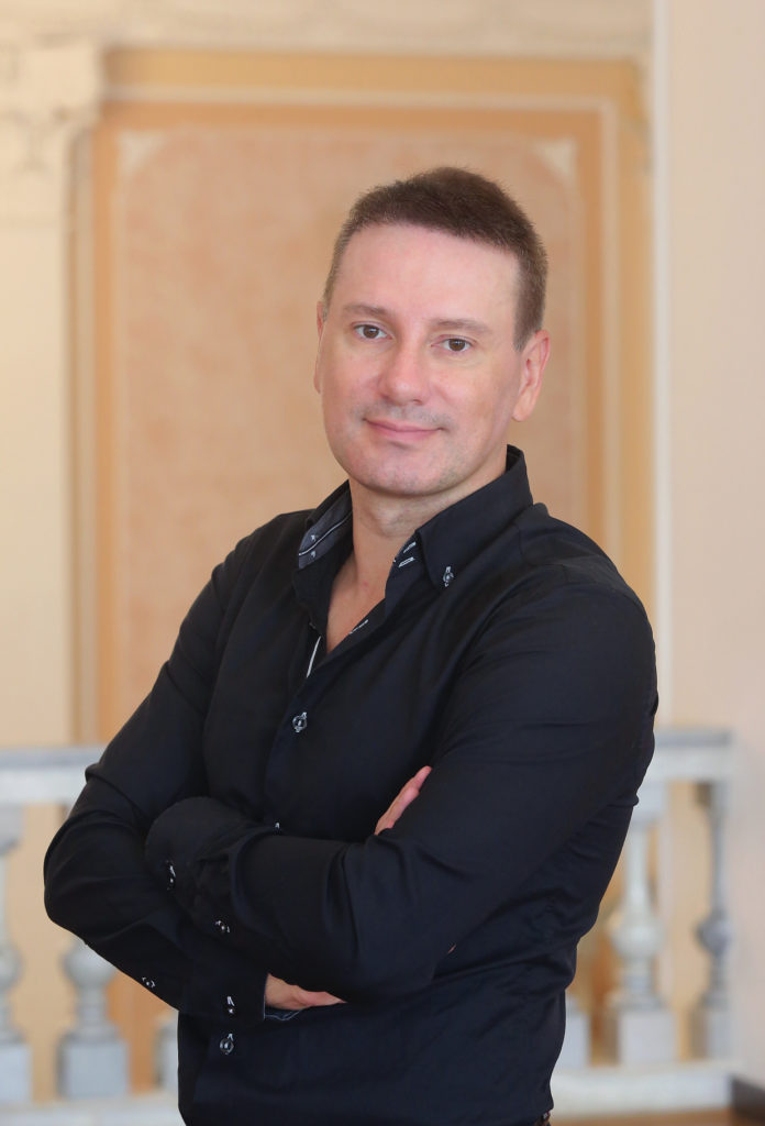 Артем Макаров: Судьба предоставляет человеку шанс самому сделать выбор