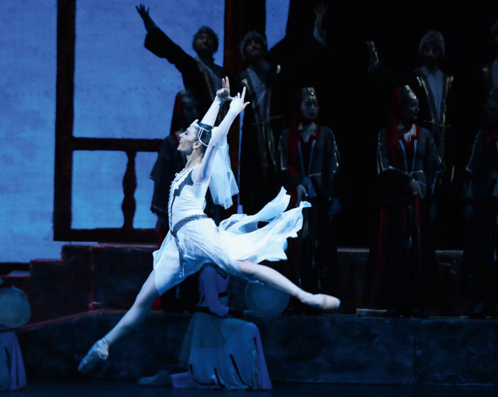 Аргументы армянского балета