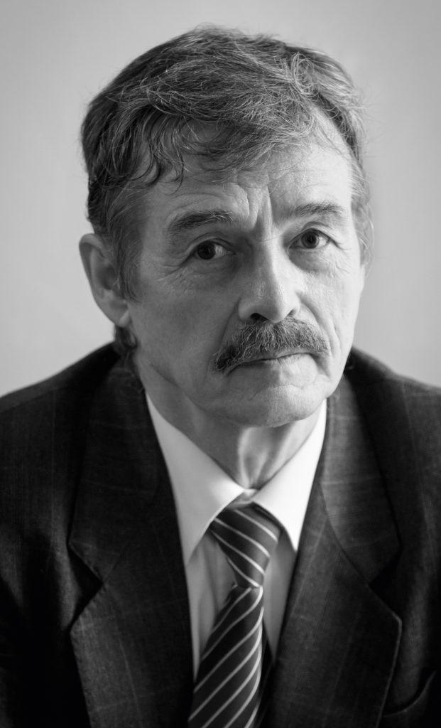 Андрей Бызов: Итоги конкурса читал как результаты лотереи