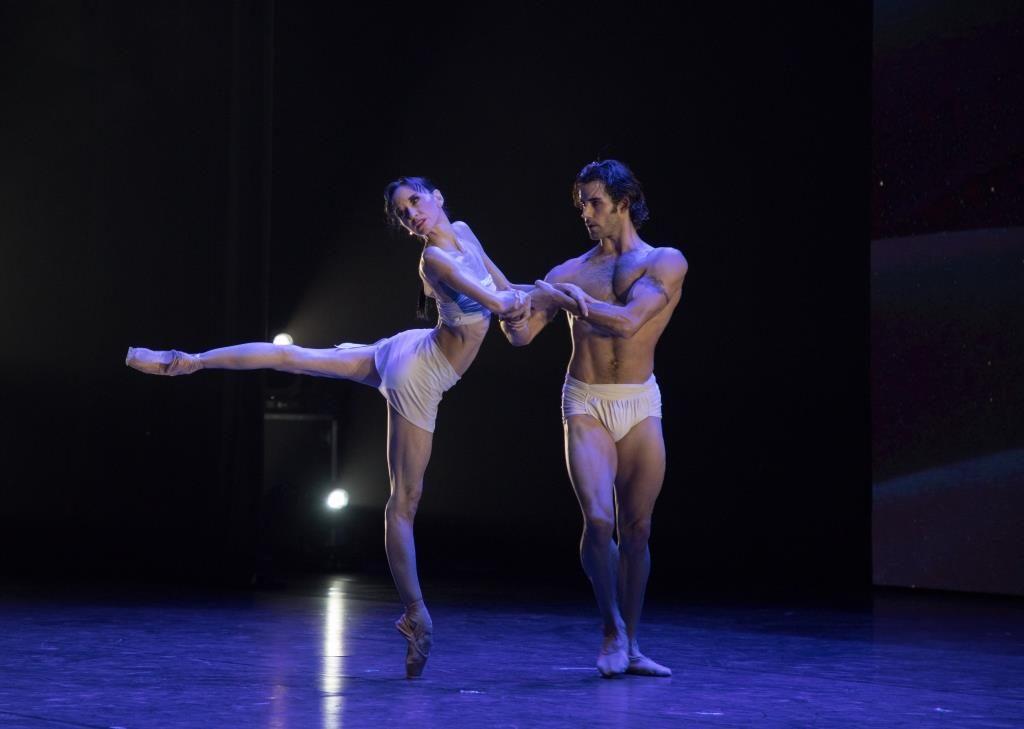 Танцовщики – в авангарде