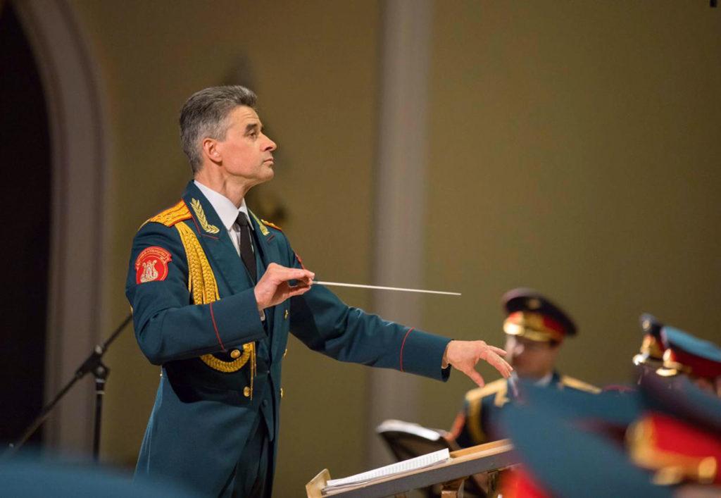 Геннадий Саченюк: <br>Заблуждение, что молодежь неходит нанаши концерты