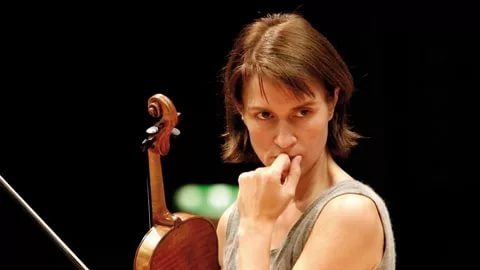 Виктория Муллова: Музыка всегда остается современной вне времени и пространства