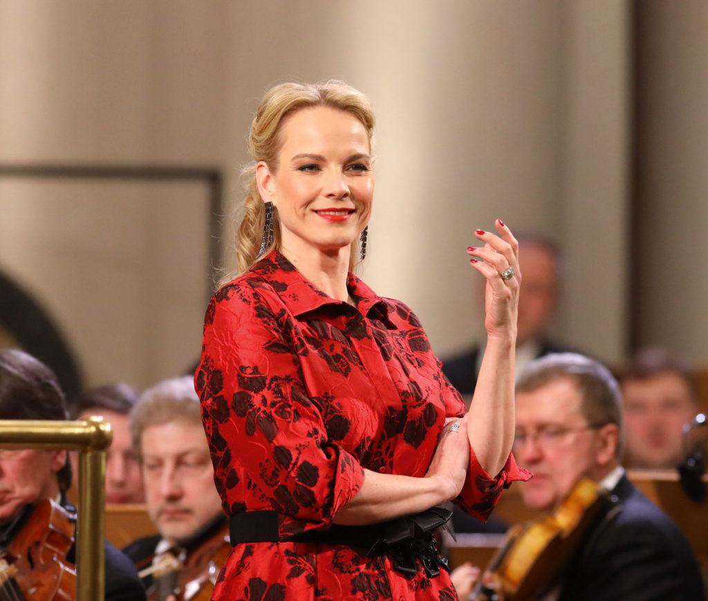 Элина Гаранча: <br>Моцарт– музыка для молодых