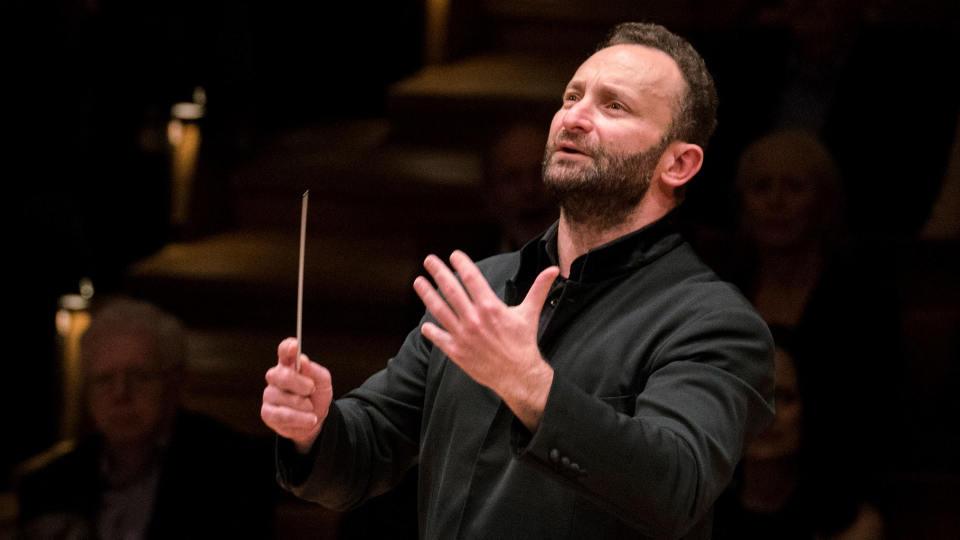 Кирилл Петренко даст бесплатный концерт у Бранденбургских ворот