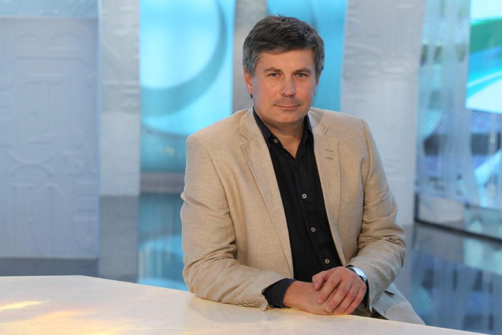Дмитрий Вдовин: <br>Опера существует, чтобы приподнять нас до высот академизма