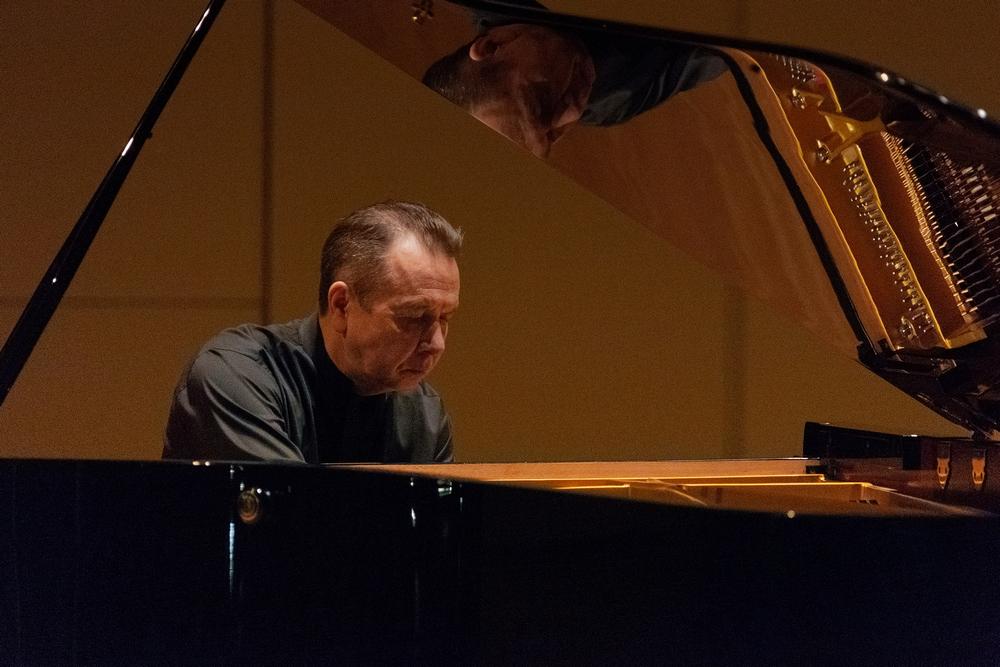 Михаил Плетнев дважды сыграл концерт из Моцарта и Бетховена