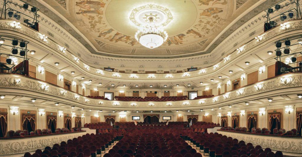 Константин Богомолов и Василий Бархатов откроют новое десятилетие в Пермской опере
