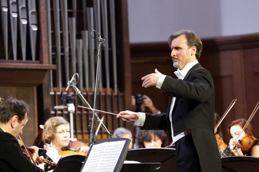 Столичный симфонический оркестр впервые выступит в Светлановском зале Дома музыки