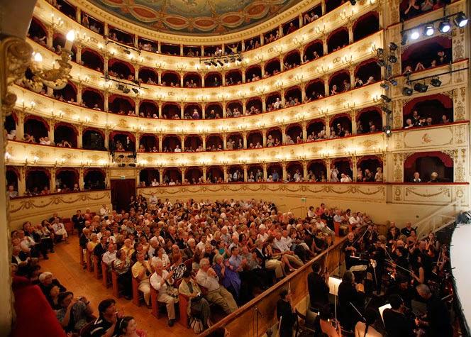 Традиционный фестиваль Россини в Пезаро состоится