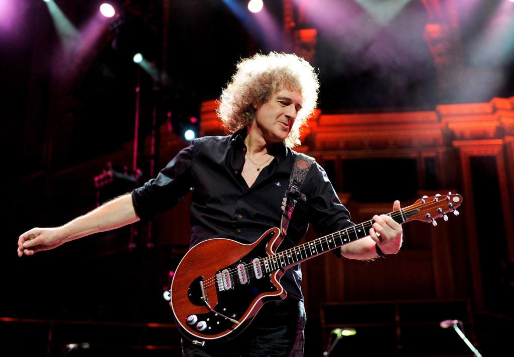 Брайан Мэй назван лучшим рок-гитаристом по версии Total Guitar