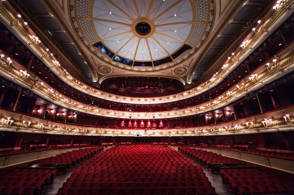 Артисты оперы и балета Ковент-Гардена выступят онлайн
