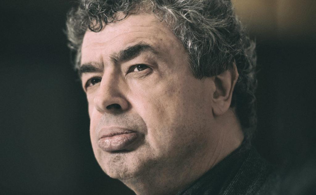 Семен Бычков: <br>Мне удалось взломать сейф банка с современной музыкой и украсть оттуда драгоценности