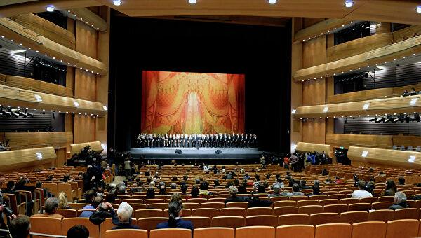 Петербургским театрам разрешили возобновить репетиции