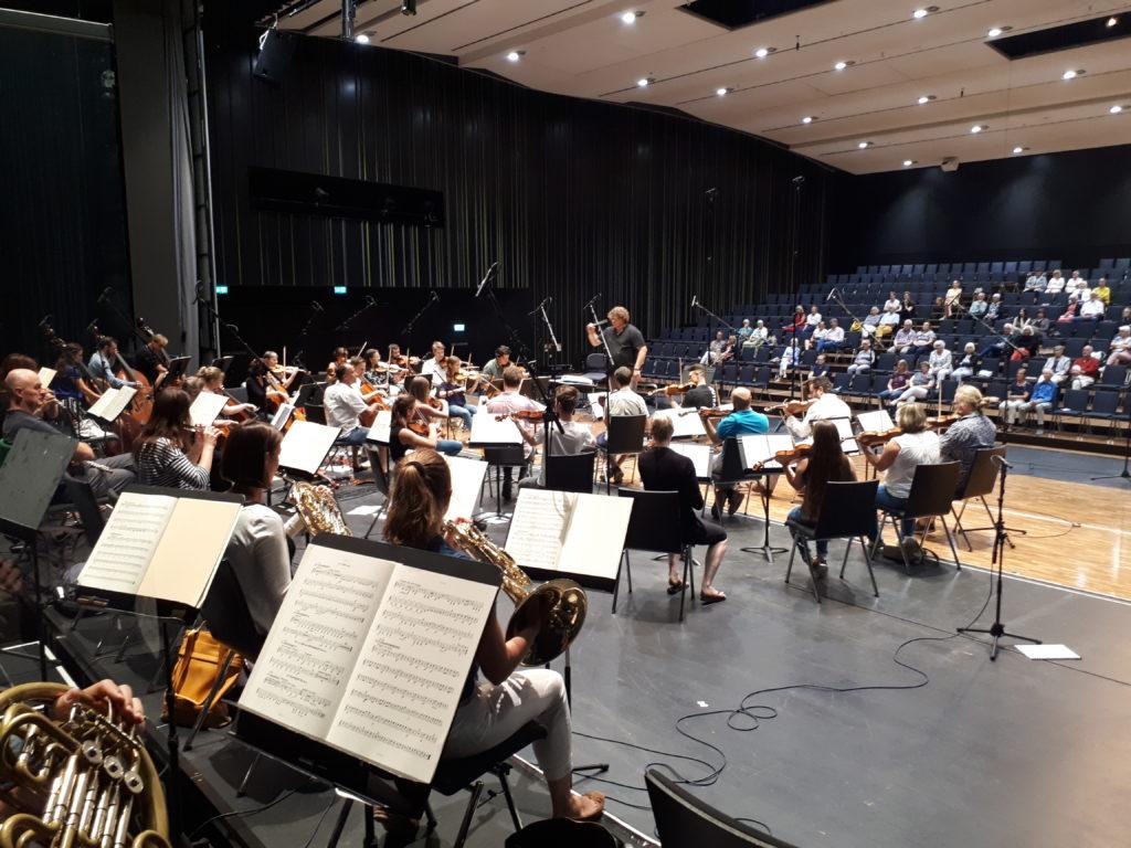 В Германии начинаются концерты без ограничительных мер