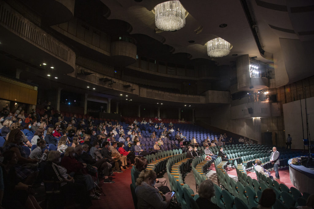 Театр имени Наталии Сац вводит QR-коды