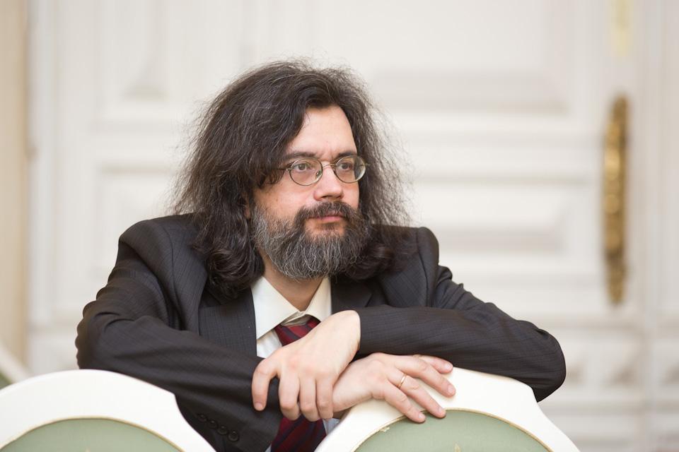 Студия новой музыки представит презентацию новой книги Романа Насонова