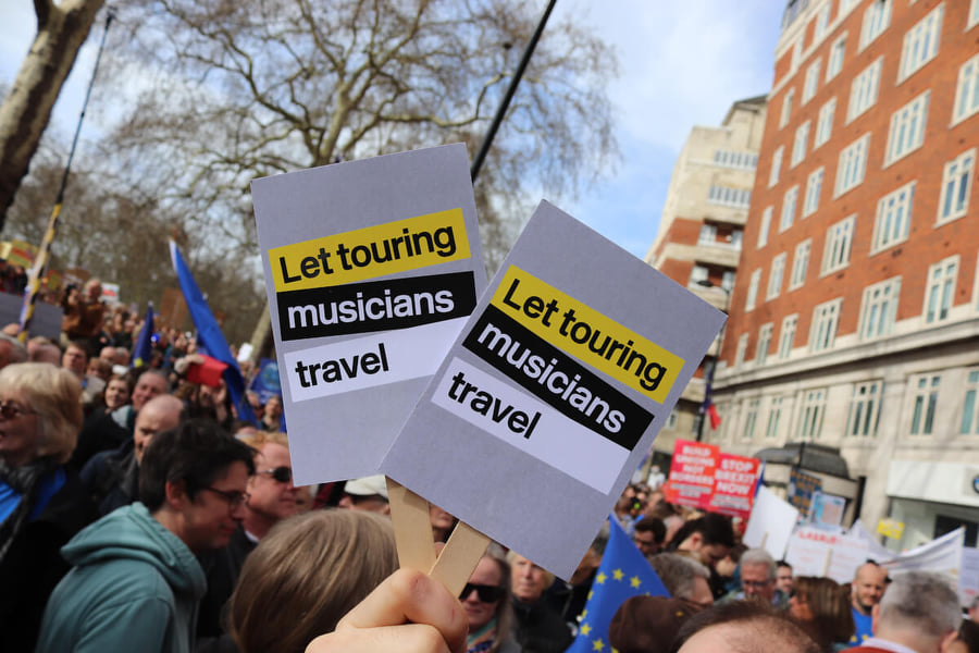 Великобритания отклонила предложение ЕС о безвизовых гастролях для британских музыкантов