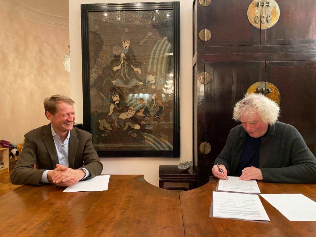 Сэр Саймон Рэттл покидает Лондонский симфонический оркестр ради Баварии