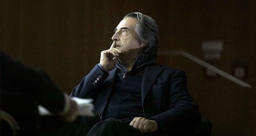 Риккардо Мути выступил в поддержку оркестра Метрополитен-оперы