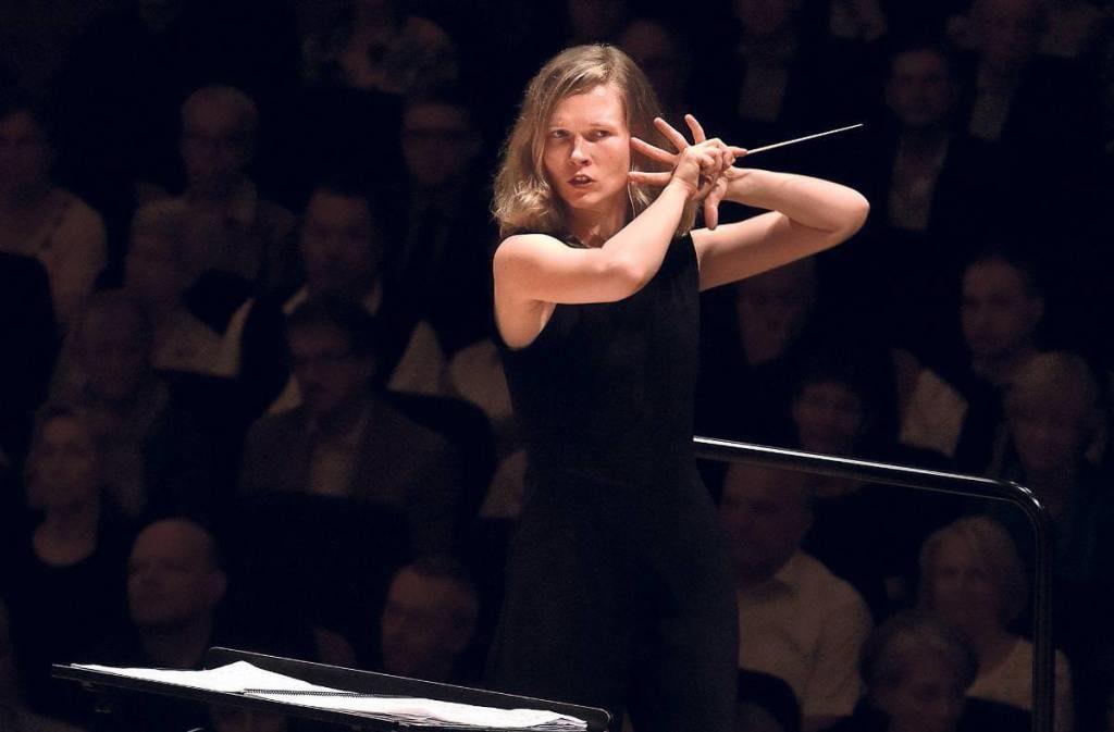 Мирга Гражините-Тила покидает пост худрука Бирмингемского оркестра