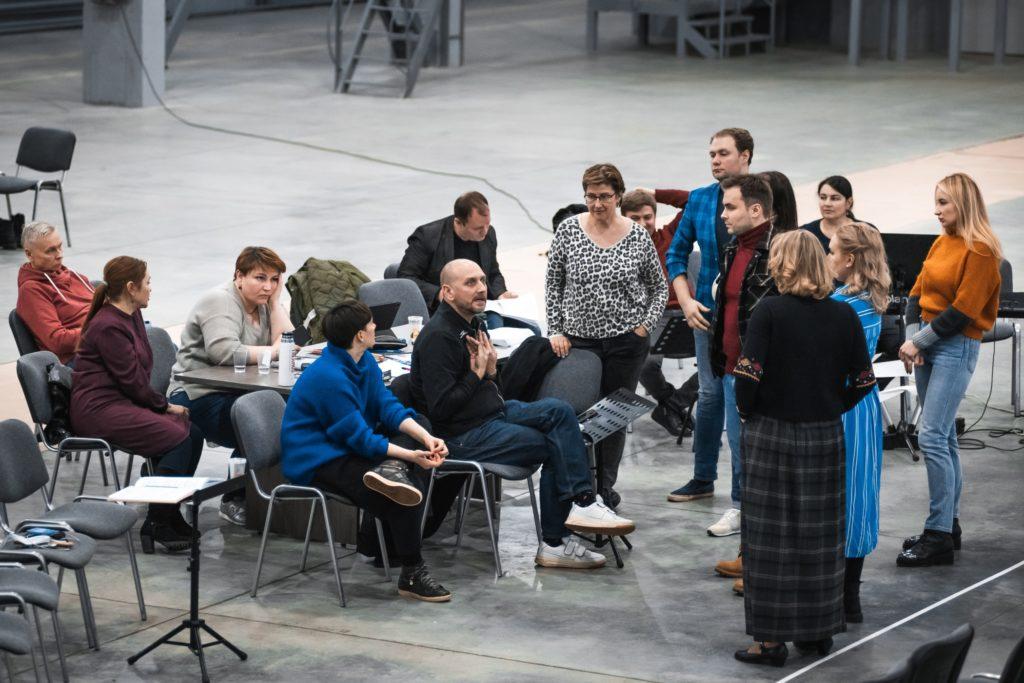 """Филипп Григорьян и Артем Абашев покажут свою версию оперы """"Любовь к трем апельсинам"""" в Перми"""