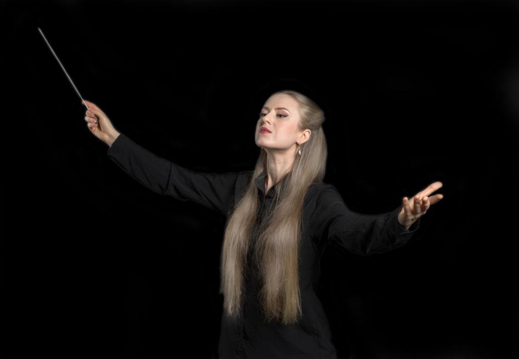 Виктория Добровольская: <br>Задача дирижера – помогать играть музыкантам