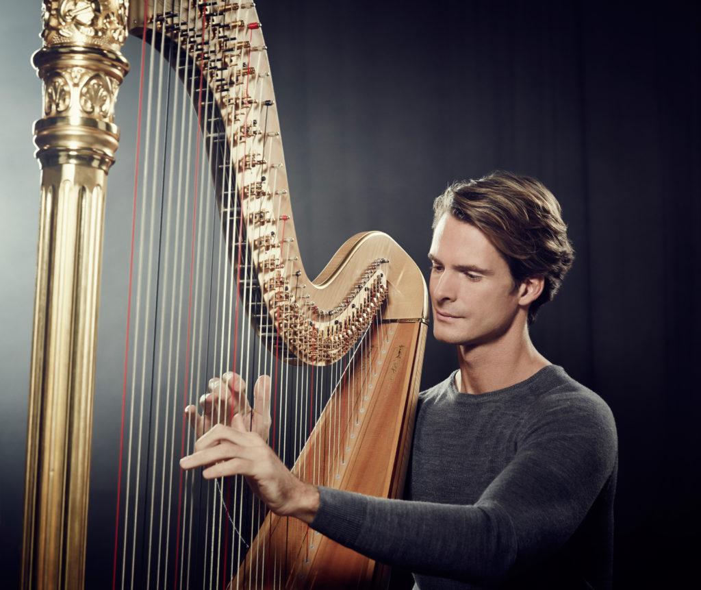 Ксавье де Местр: <br>Не хочу играть лишь Концерт для арфы с флейтой Моцарта каждую неделю