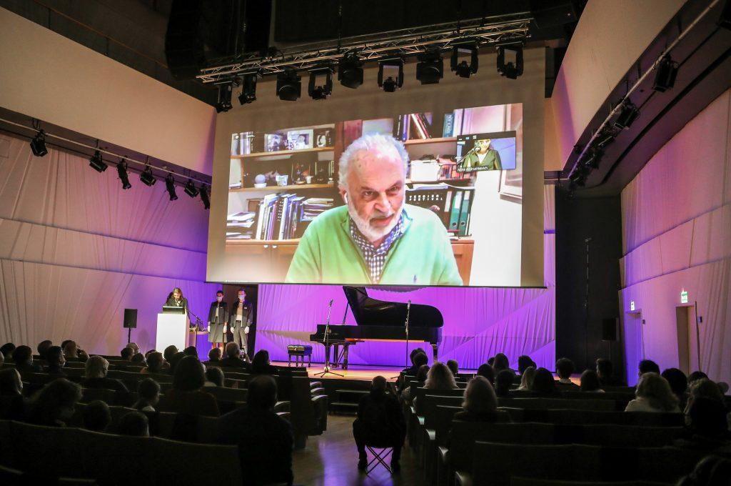 В Московском концертом зале «Зарядье» наградили молодых пианистов