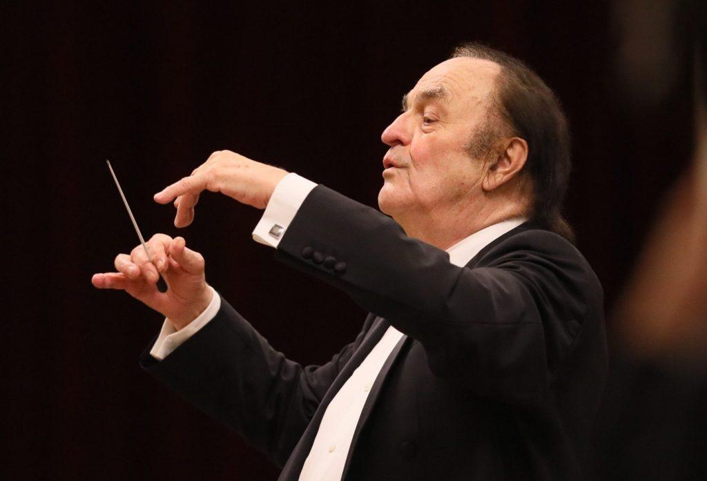 Дирижер Шарль Дютуа отметит юбилей двумя концертами в Петербургской филармонии